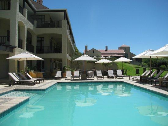 Asara Wine Estate & Hotel: Asara pool