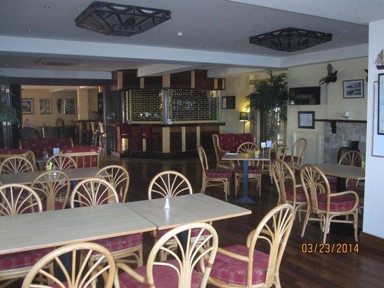 Pontoon Bridge Hotel: Bar Area