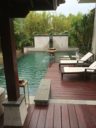 Renaissance Sanya Resort & Spa: Another view of the private pool area