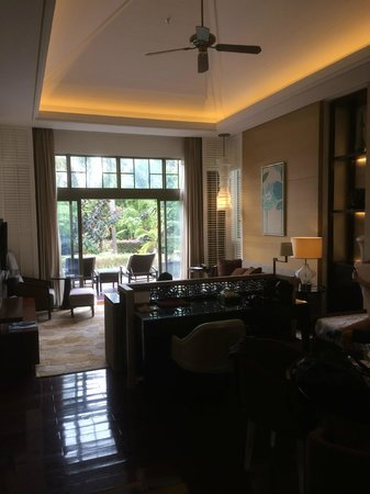 Renaissance Sanya Resort & Spa: A nice decent sitting room