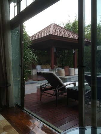 Renaissance Sanya Resort & Spa: A view of the outside