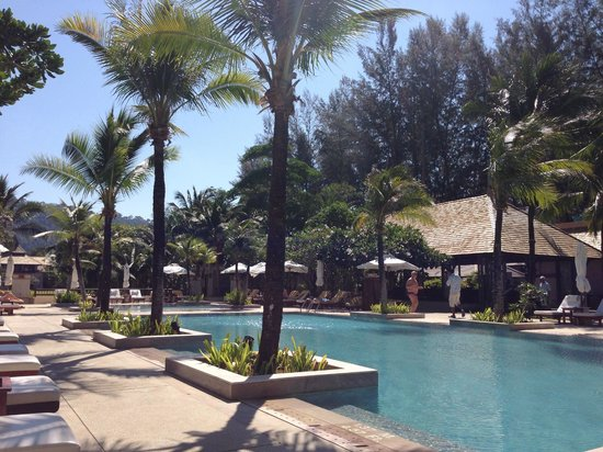 Layana Resort and Spa: Pool area