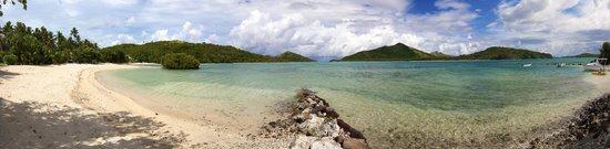 Navutu Stars Fiji Hotel & Resort: Section of beach