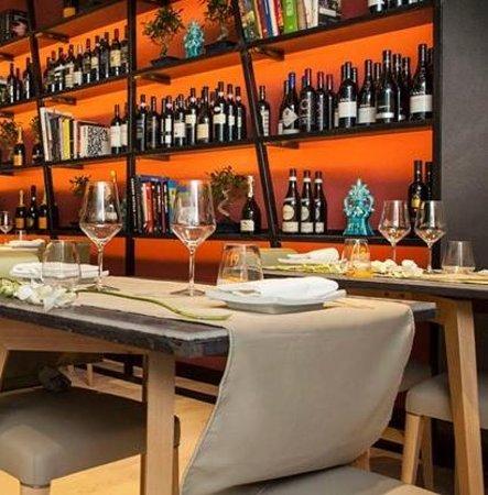 Caparena Sushi & Wine: una libreria particolare
