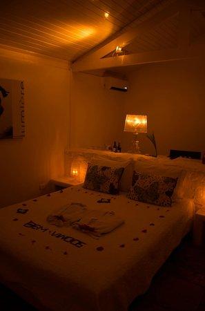 The Chili Beach Boutique Hotel & Resort: Boas Vindas todos os dias com flores na cama . lindo
