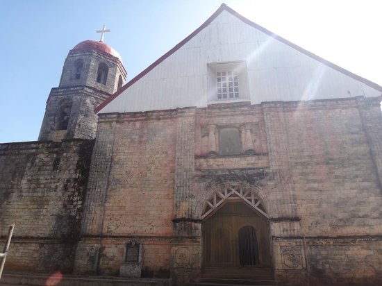 St Isidore de Labrador Church : Front view of the church