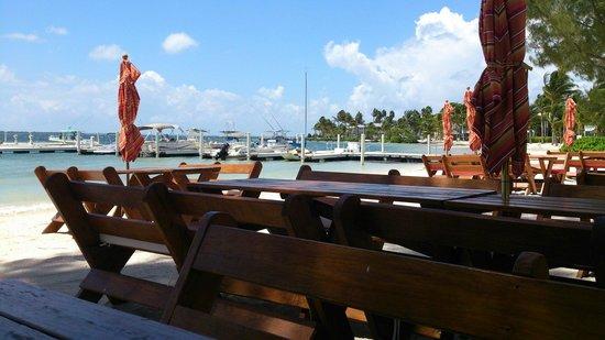 KAIBO Beach Bar & Grill: Tables on the beach at kaibo