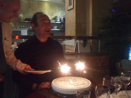 Michael's at the Civil Service Sports Club: Sparklers, cake, singing chef's and waiting staff made this an unforgettable an unforgettable ev