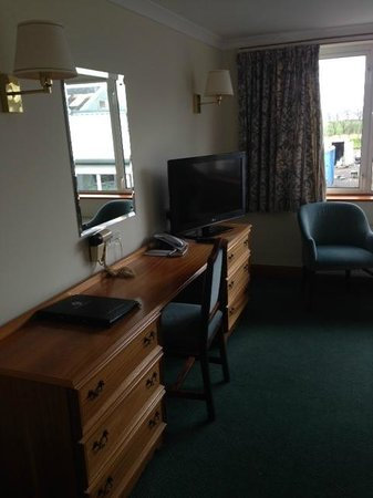Bowfield Hotel & Country Club: Desk