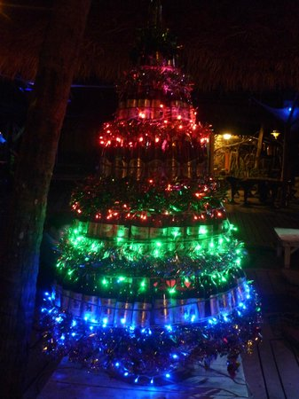 Siam Hut Koh Chang: albero di natale alternativo