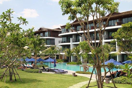 Holiday Inn Resort Krabi Ao Nang Beach: Gebäudetrakte