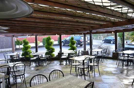Al Fresco: Our outside tables,Great summer Lunch or Dinner area