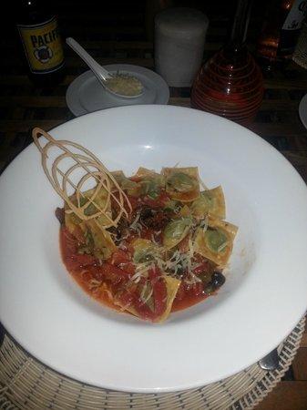 Las Nubes De Holbox : Abendessen Ravioli