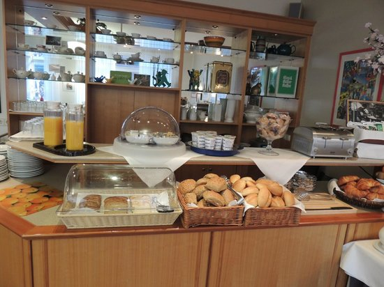 Hotel Britz: выпечка всегда свежая и замечательная!!!