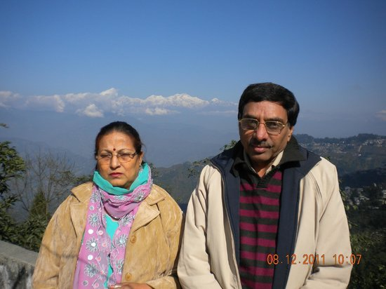 Hotel Sonar Bangla - Darjeeling : Going to Mirik - Kuldip & Veena chopra