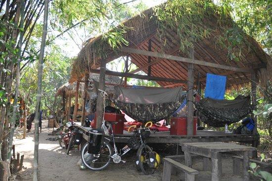 Mekong Bamboo Hut : bamboo hut hammock
