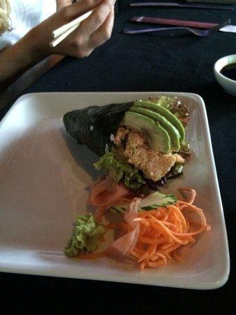 ZK Nikkei Cuisine: Temaki, crab apimentado . Mto bom