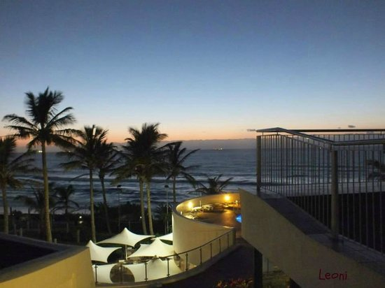 uMhlanga Sands Resort : Up very early for a sunrise view