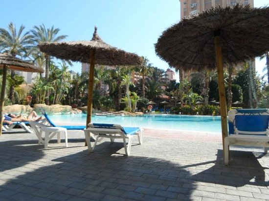 Melia Benidorm: By the pool