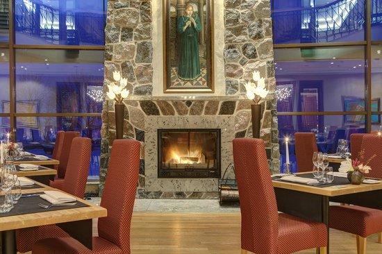 Villa Mary Restaurant & Club