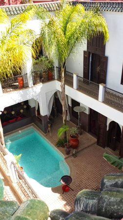 Riad Pachavana: Looking down from the terrace