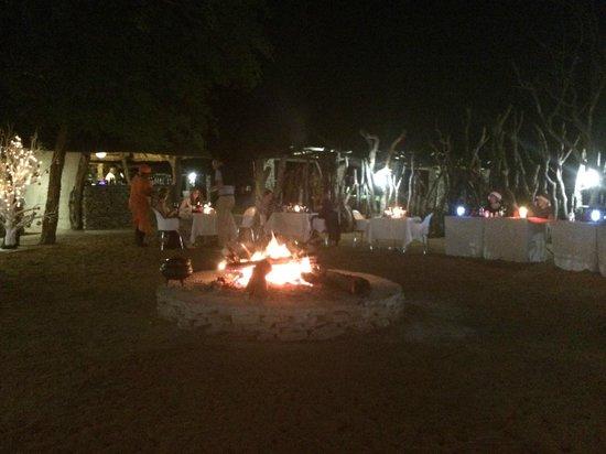 Karongwe River Lodge: Lodge