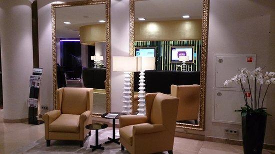Mercure Moscow Paveletskaya: Lobby