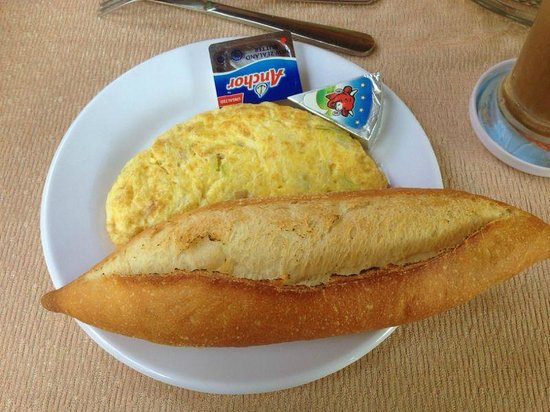 Betel Garden Villas: Petit-déjeuner