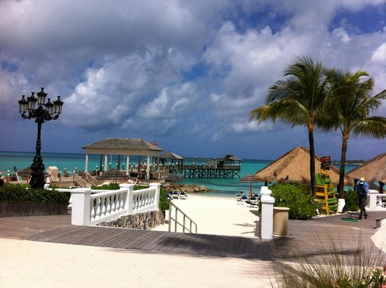 Sandals Royal Bahamian Spa Resort & Offshore Island : Beach