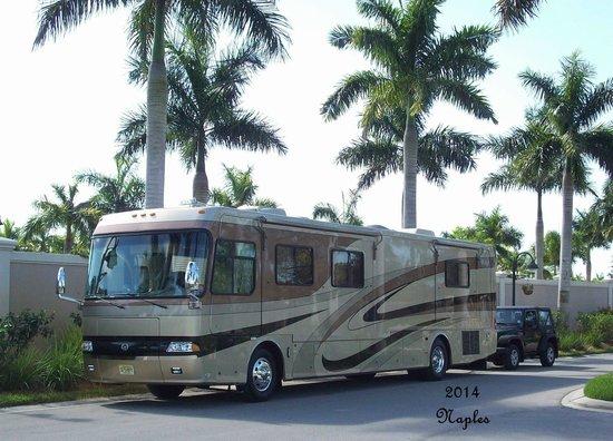 Naples Motorcoach Resort: Saying a sad good bye!