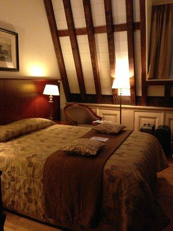 Grand Hotel and Residence De Draak: Kamer 214 De Draak