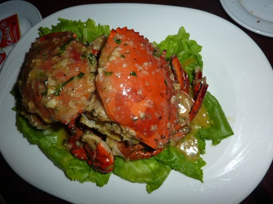 Le Meridien Kota Kinabalu: Live mud crab prepared to your order