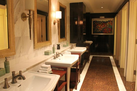 Indochine Palace: Toilet