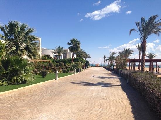 Coral Sea Sensatori - Sharm El Sheikh: walkway