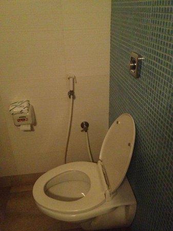 Ginger Chennai : Clean toilet