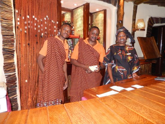 Serengeti Serena Safari Lodge : Staff in Local Dress