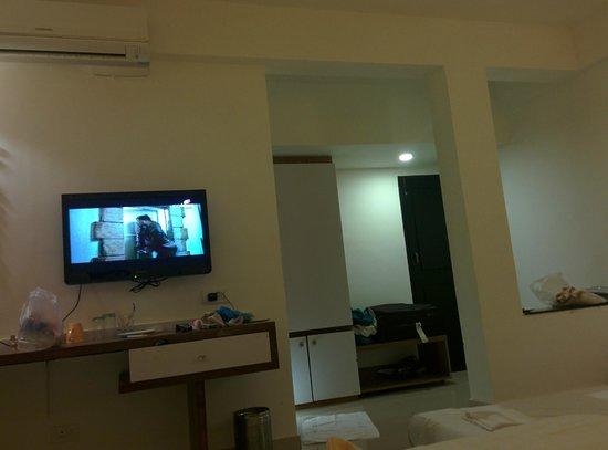 Keys Ronil Resort: room