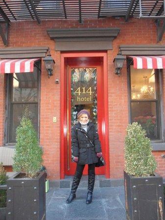 414 Hotel: ingresso