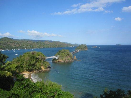 Grand Bahia Principe Cayacoa: View from bridge to beach elevator.