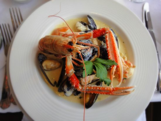 "The Pierhouse Hotel: The most decadent seafood ""chowder"" ever!"