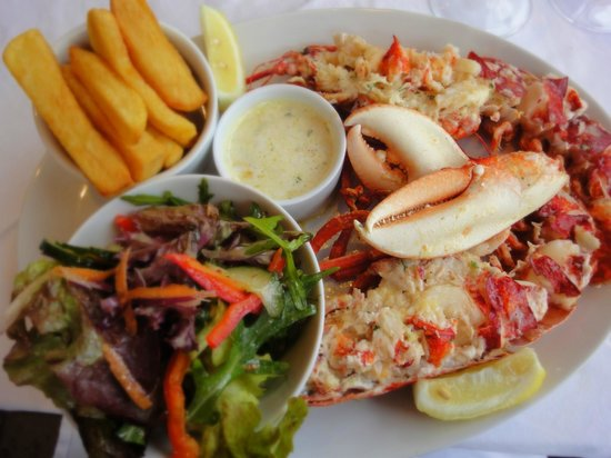 The Pierhouse Hotel: Lobster with garlic butter