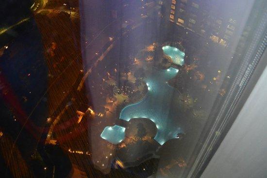 Hyatt Regency Orlando: View of pool from Parlour suite