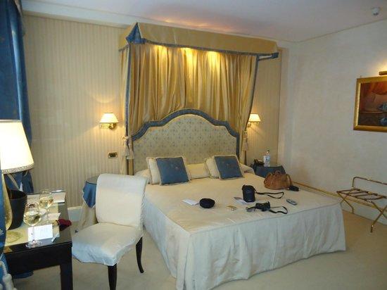 Hotel a La Commedia: Bedroom