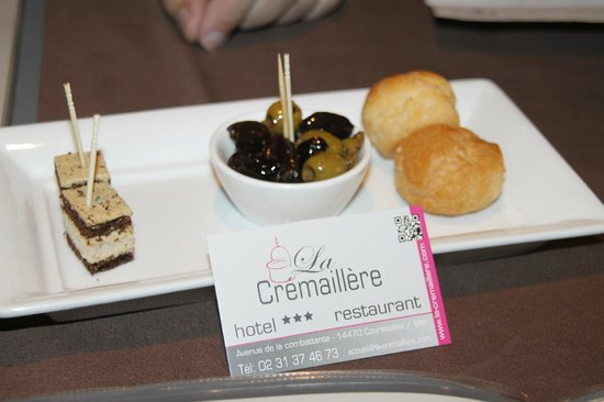 Restaurant La Cremaillere : bouchées apéritives offertes