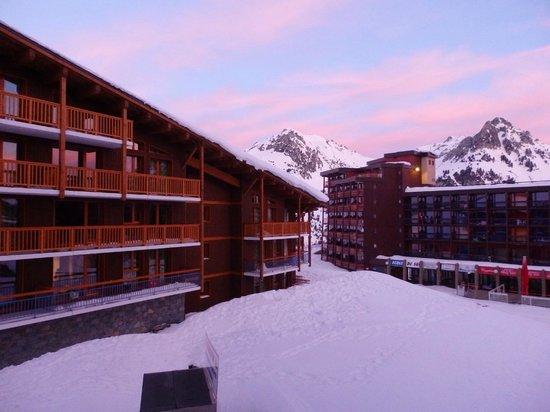 Residence Chalet des Neiges Cime des Arcs : vue de l'appart