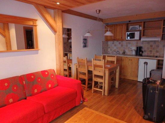 Residence Chalet des Neiges Cime des Arcs : SAM/Salon