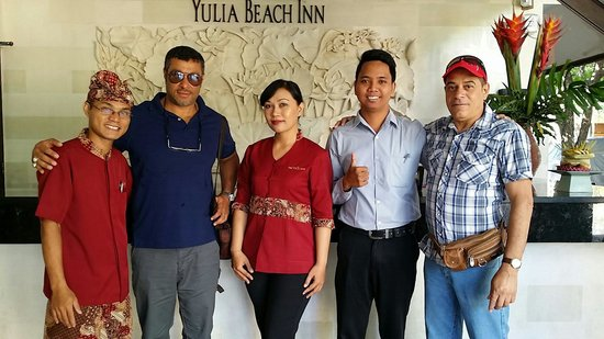 Yulia Beach Inn: Friendly staff