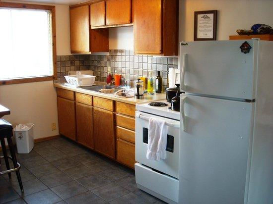 Rocky Mountain B&B: Chambre 10 (cuisinette)