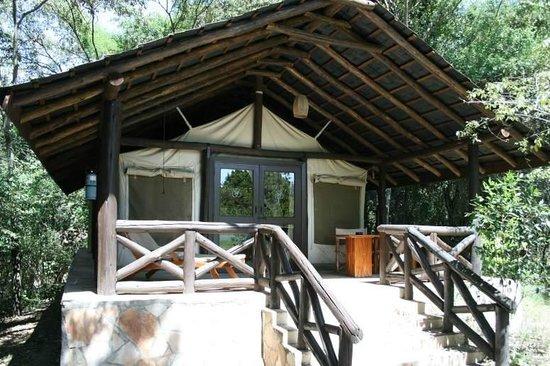 Sarova Mara Game Camp: Entry