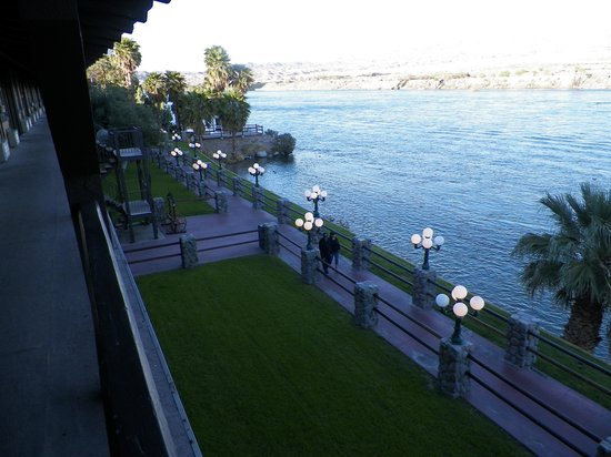 Pioneer Hotel & Gambling Hall : Room view of river